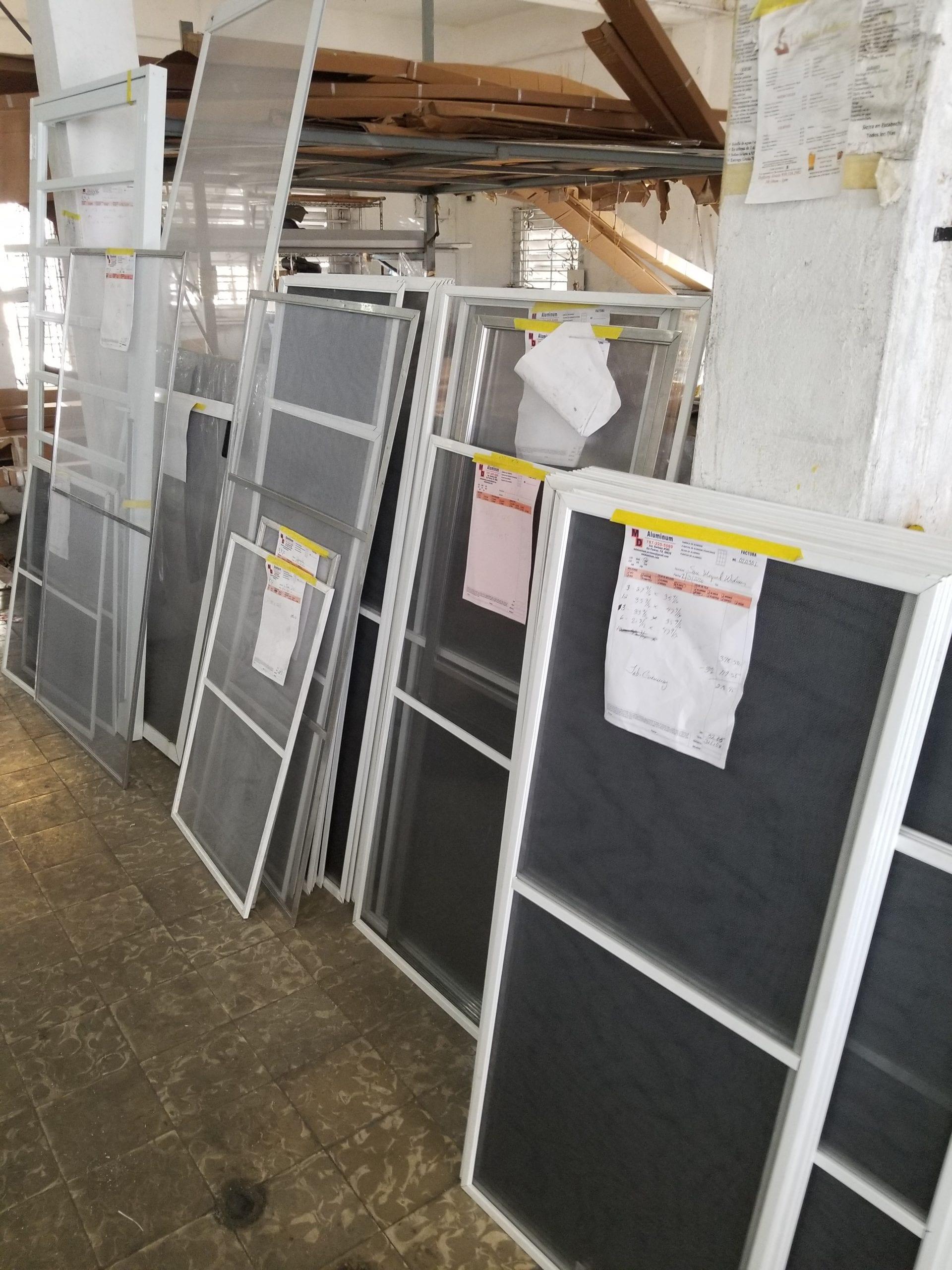 Fabricacion  de Screens para Puertas Y Veantanas